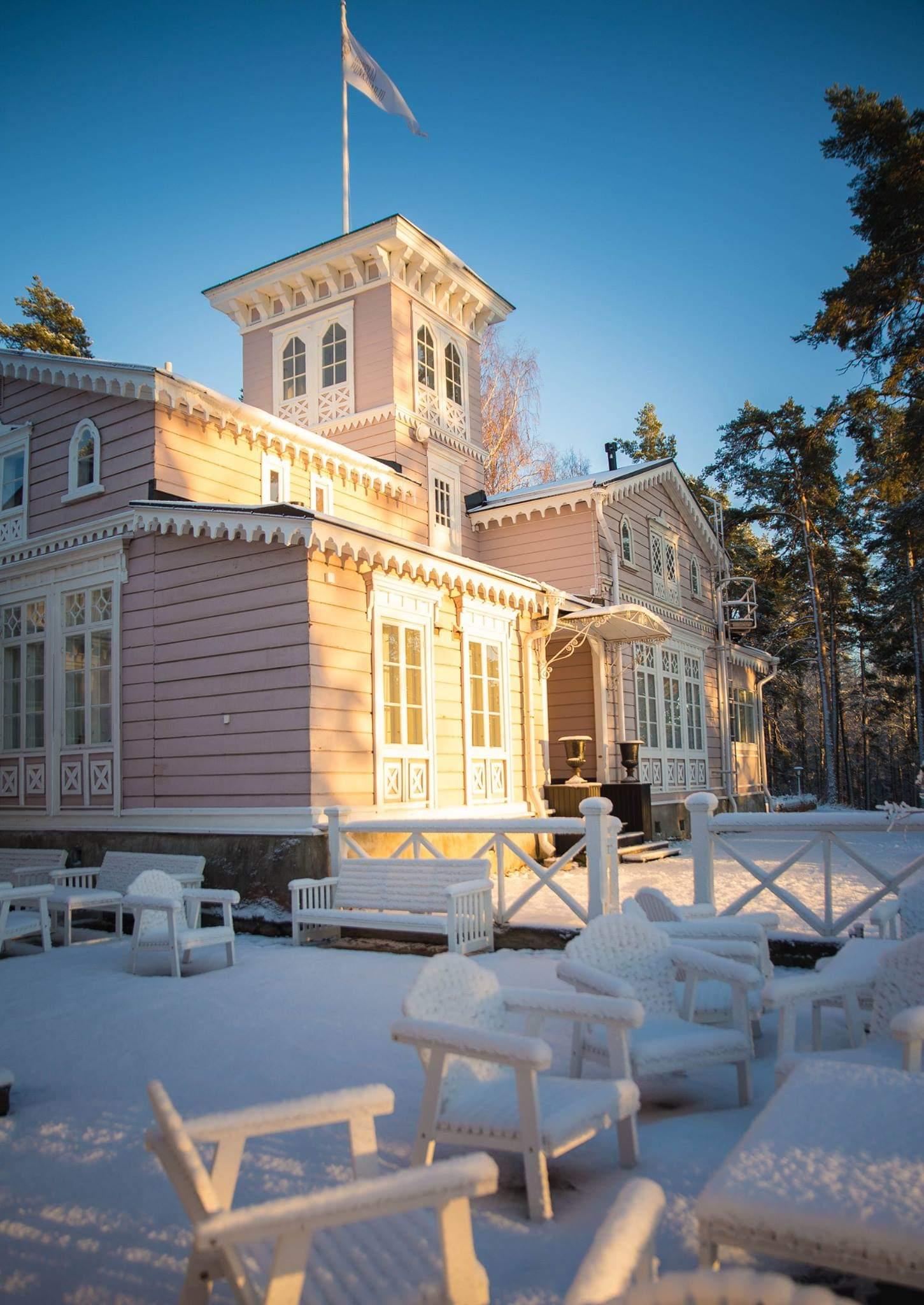 Hotelli Punkaharju talvi