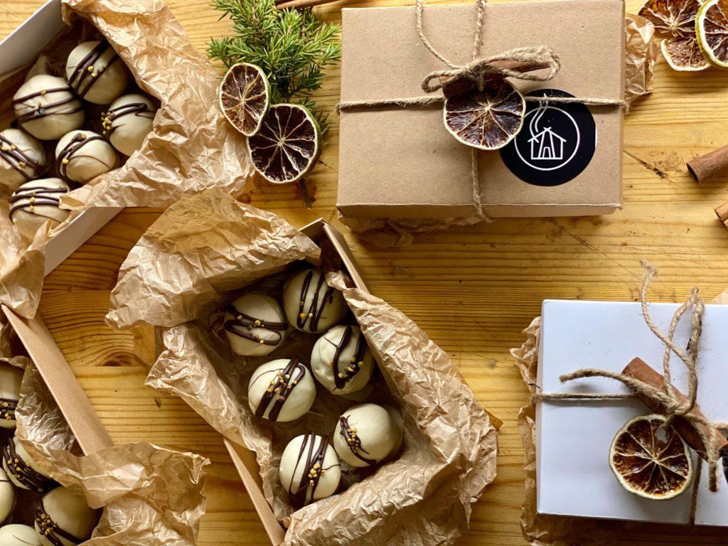 Savutuvan Apaja suklaapralinet
